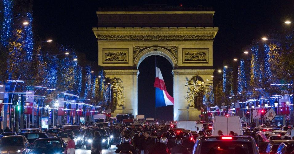 Um espetáculo de luzes em Paris